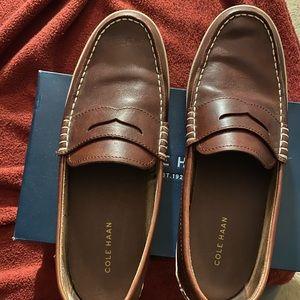 Men's Cole Haan loafer!